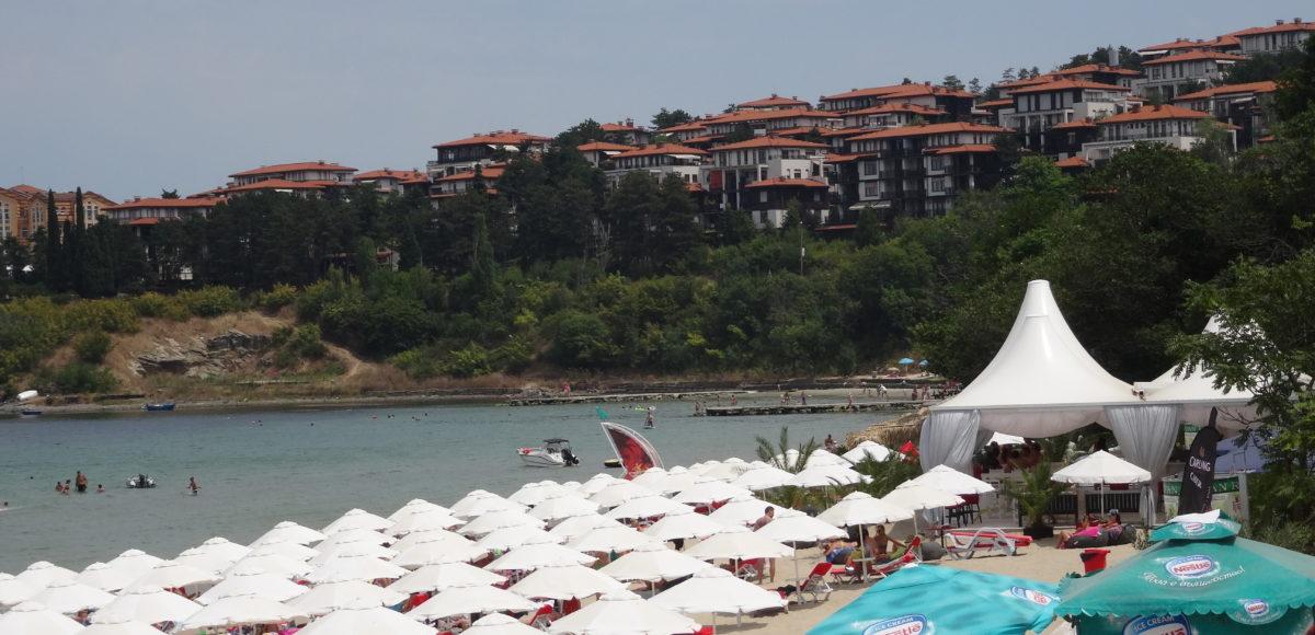 23f689a5d47 Карта показва цените на чадърите и шезлонгите на българското море - Туристически  новини от България