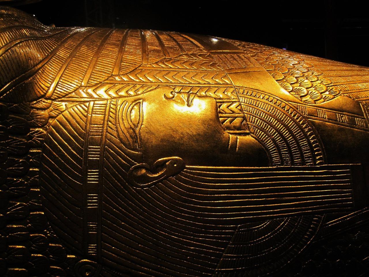 tutankhamuns ravadinivi